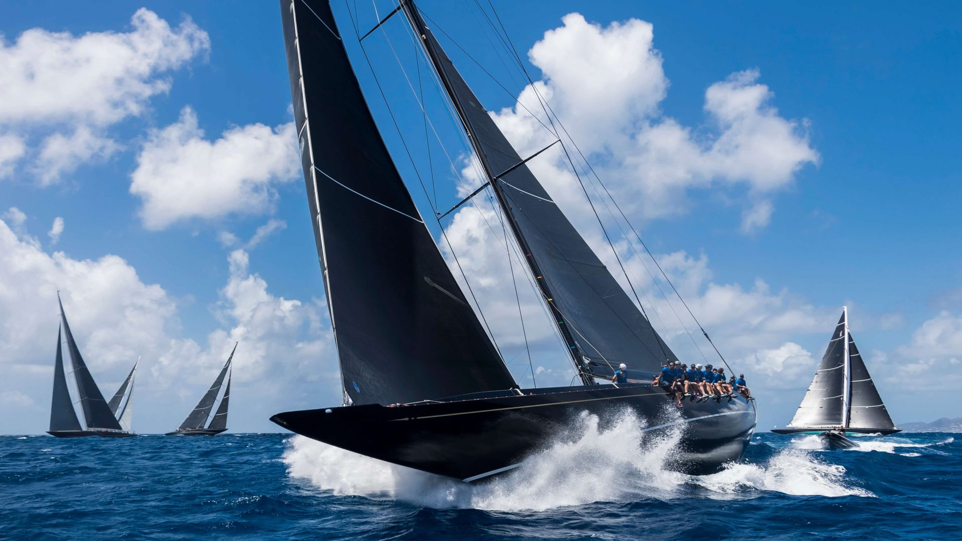 p18 regatta sec1 Hanuman and Js CarloBorlenghi-StBarths-Bucket17cb-08235