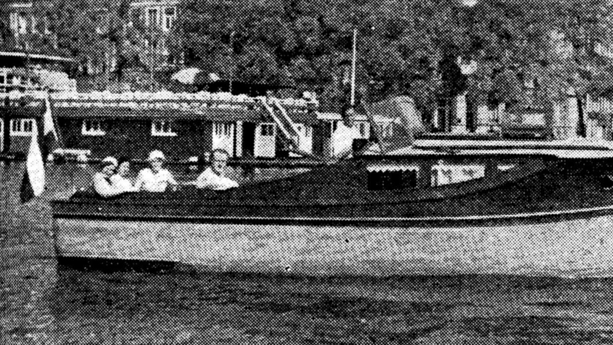 p_226_1932 motorkruisertje Myrra